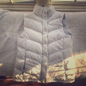 Women's North Face White Small Puffer Vest